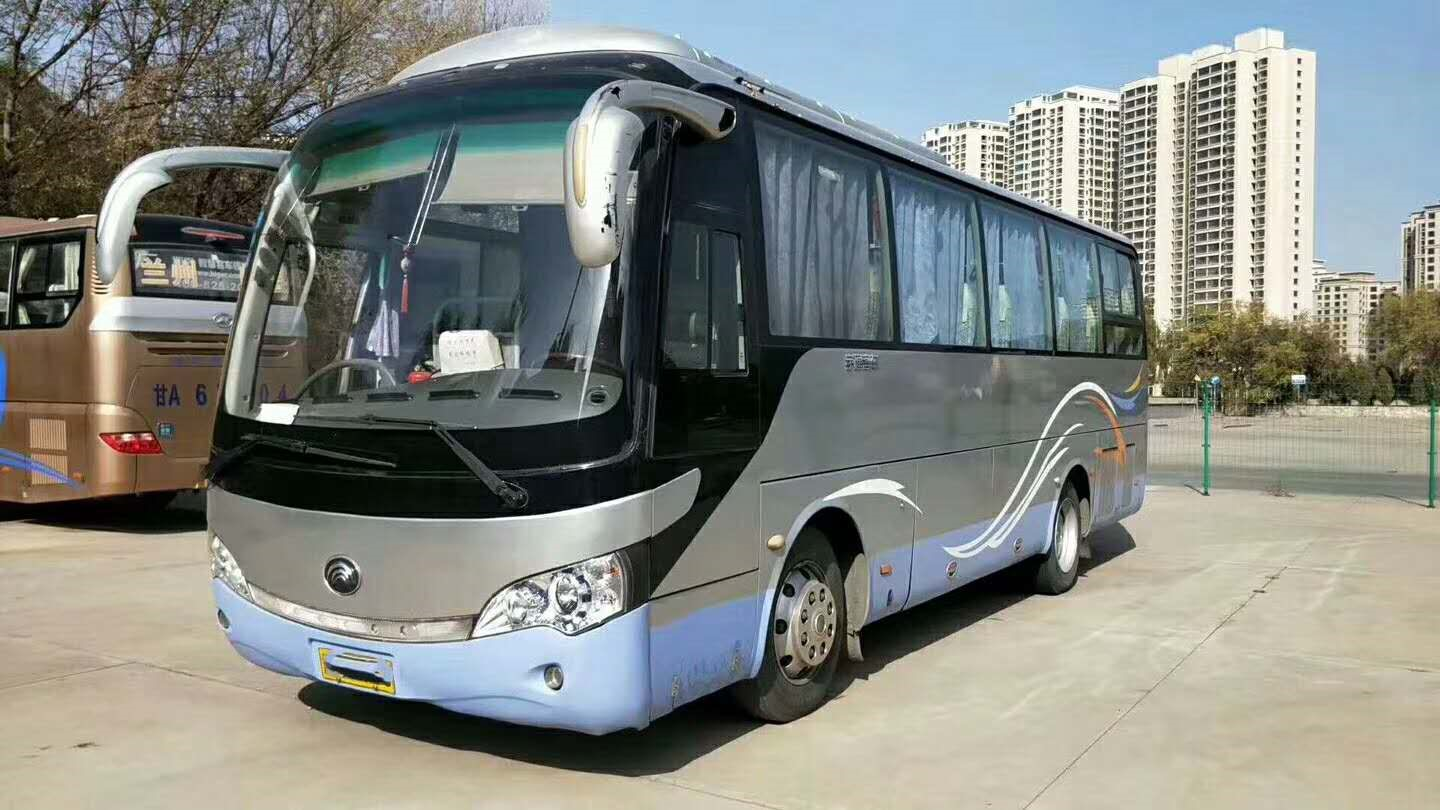 39 Seat YUTONG 2nd Hand Coach , Used Diesel Bus 2010 Year Euro III Emission Standard
