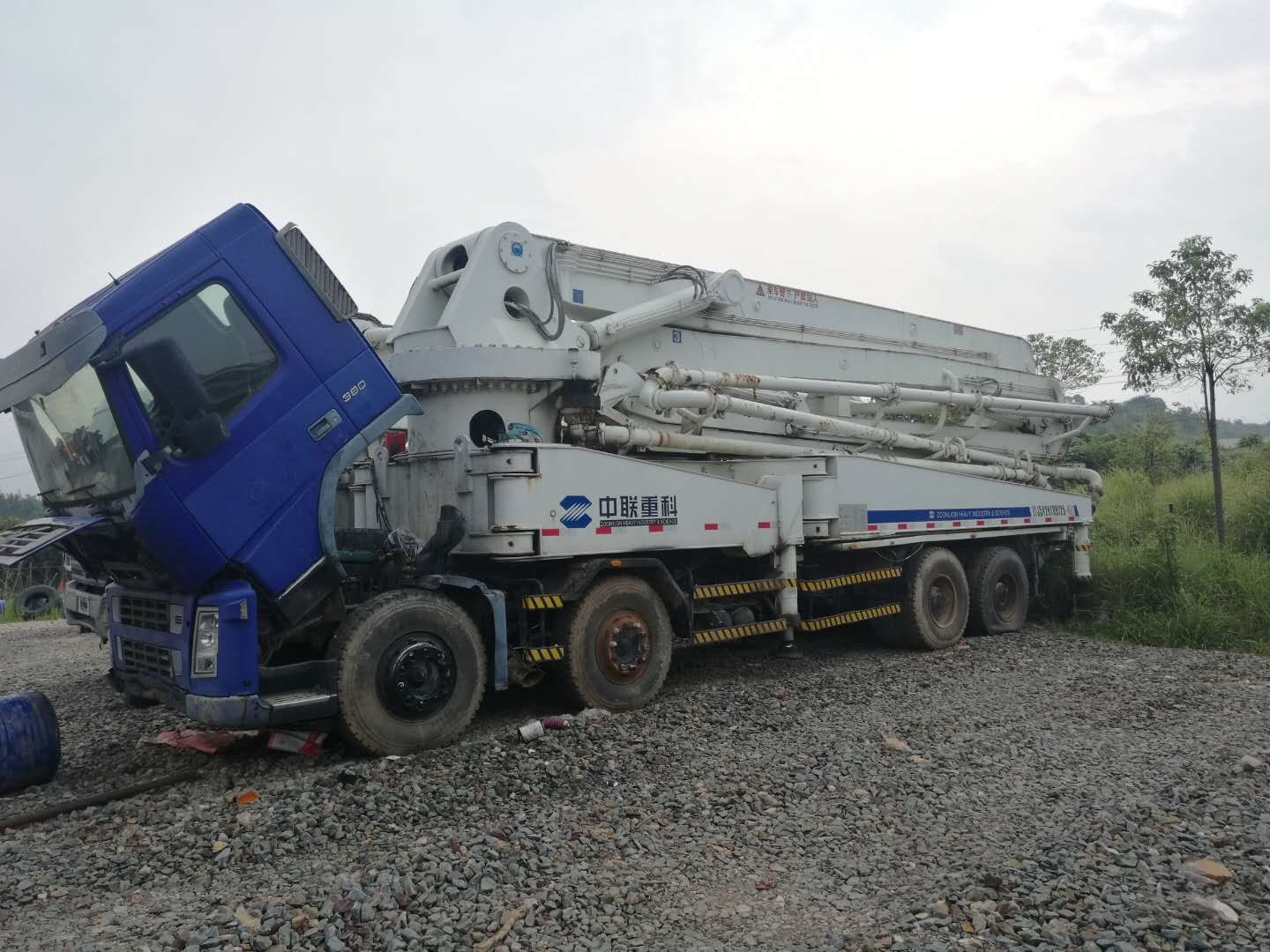 47m USED VOLVE-ZOOMLION Concrete Pump Truck