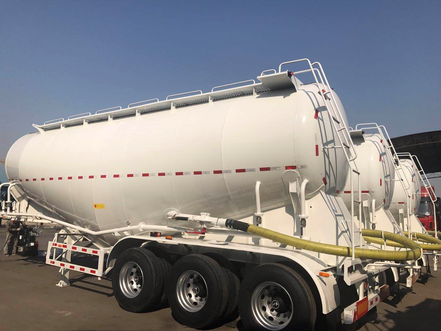 40m3 Used Bulk cement tanker semi trailer